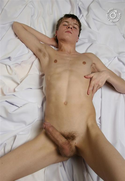 free gay muscle man video clip